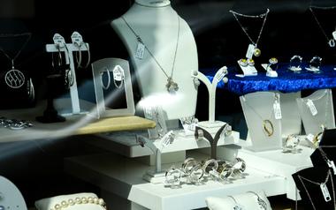 Optic Helvetia  - Juwelen